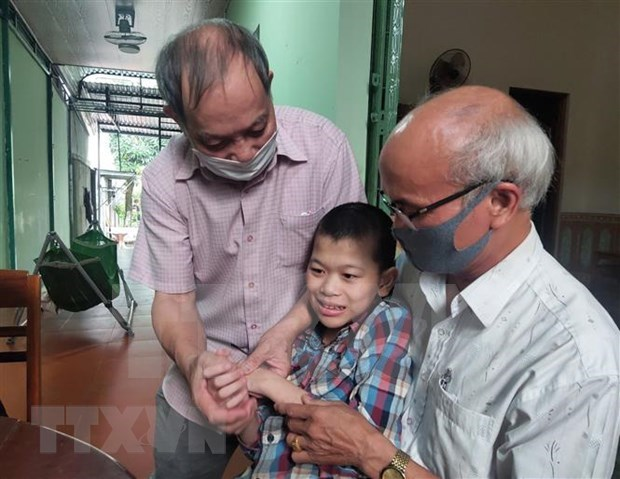 Joint efforts made to ease pains of AO/dioxin victims hinh anh 3