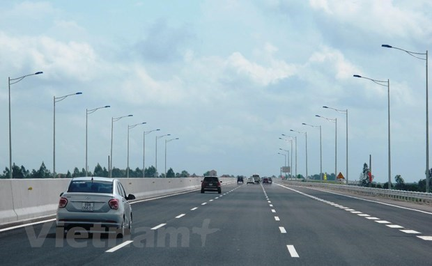 HN–Hai Phong expressway: Debt burden, investment environment concerns hinh anh 2