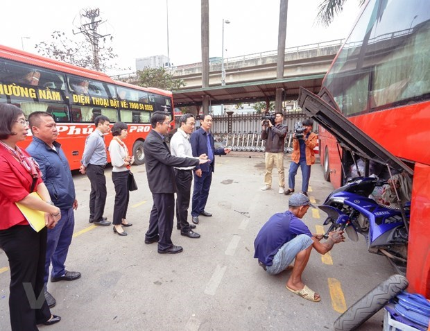 "Deputy Minister: Bus operators plead ""empty"" ride for fare surcharge hinh anh 2"
