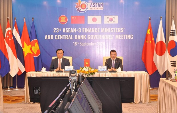 ASEAN+3 discusses ways to prevent COVID-19, boost economic recovery hinh anh 1
