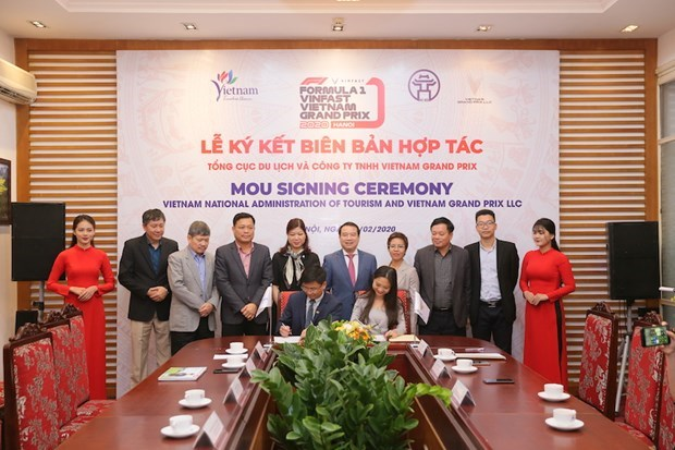 Viet Nam Grand Prix to boost tourism cooperation hinh anh 1