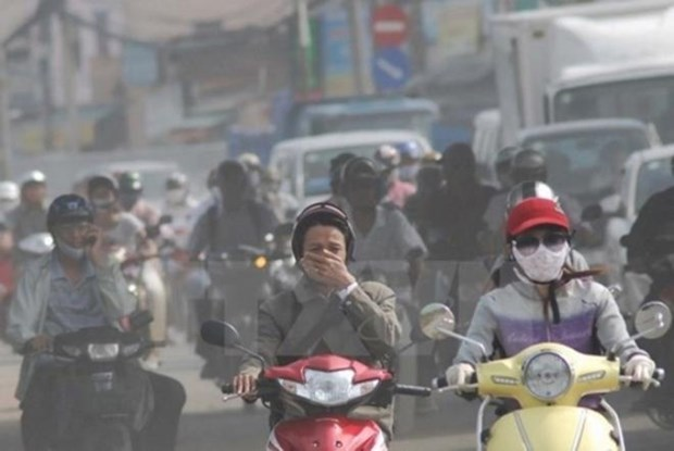 Paris experts share experience in air quality management hinh anh 1