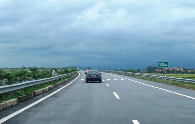 Efforts made to ensure quality, progress of North-South Expressway hinh anh 1