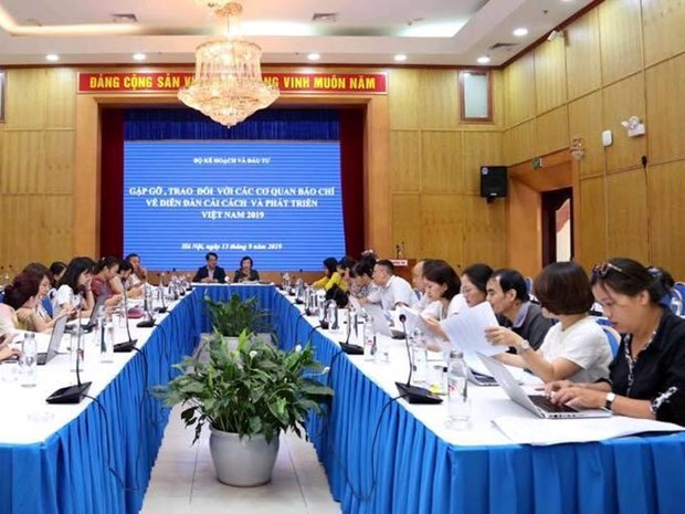 Vietnam seeks innovations to escape from middle-income trap hinh anh 2