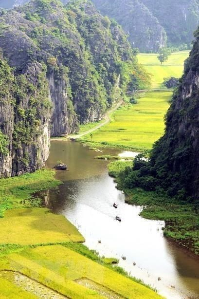 Ninh Binh ensures preservation-development harmony in Trang An hinh anh 4