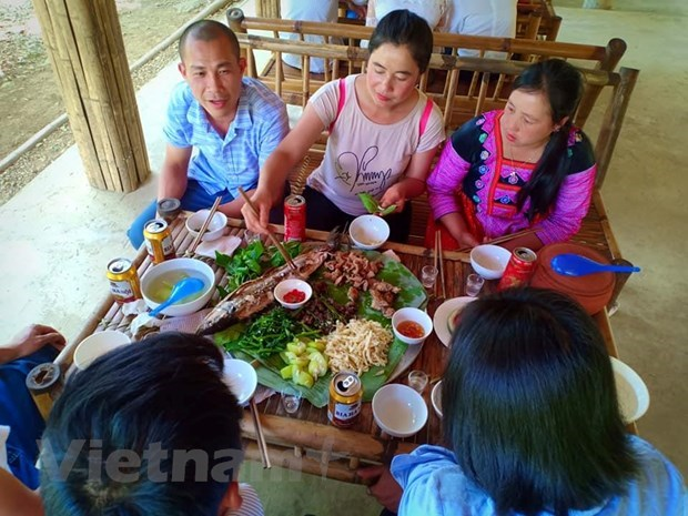 Da Bac tourism: progress initiated by pioneers hinh anh 2