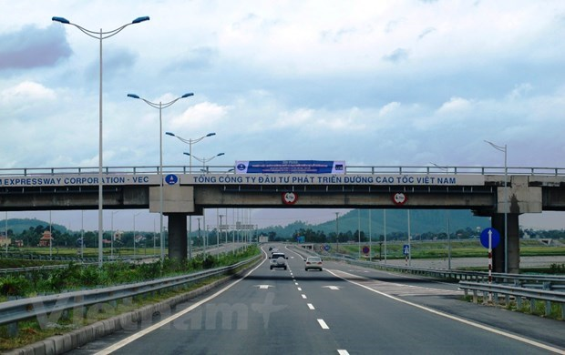 Investors to be chosen for five PPP projects under North-South Expressway hinh anh 1