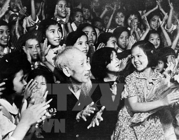 Top 10 songs about President Ho Chi Minh hinh anh 1