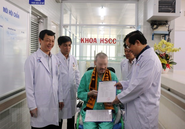 COVID-19 prevention and control: Vietnam's imprint on international map hinh anh 3