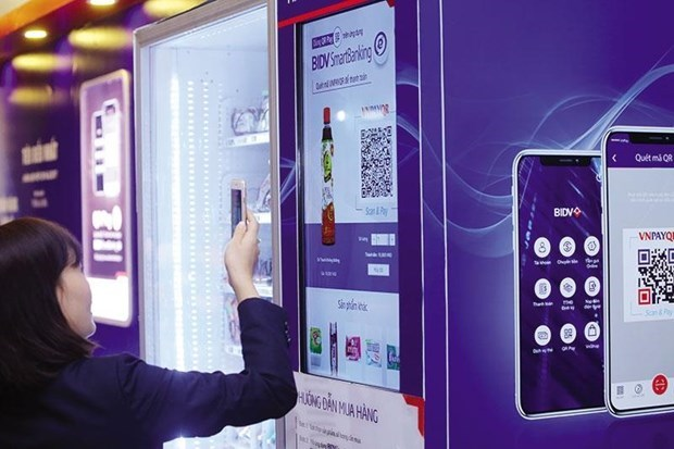 Smart banking vital in Industry 4.0 era hinh anh 2