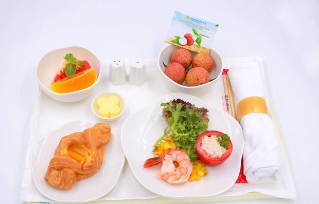 Luc Ngan 'thieu' litchi served on Vietnam Airlines' flights hinh anh 1