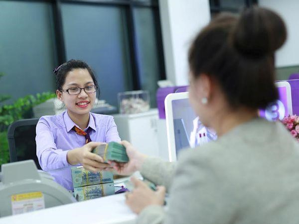 Commercial banks retain dividends on capital rising pressure hinh anh 1