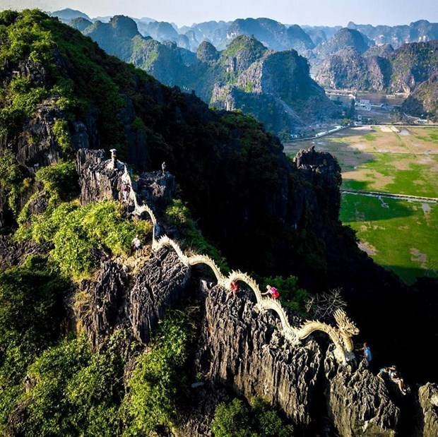 """Destinations with """"odd names"""" across Vietnam hinh anh 1"""