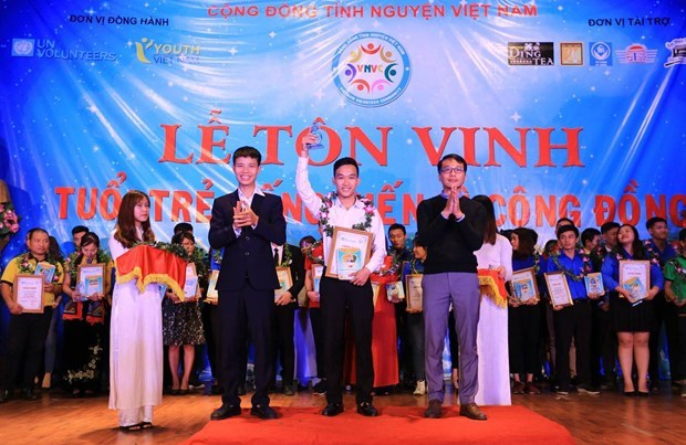 Young leader fosters volunteer connections, new hopes hinh anh 2