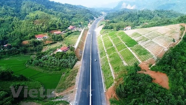Bac Giang – Lang Son Expressway to open to traffic hinh anh 1
