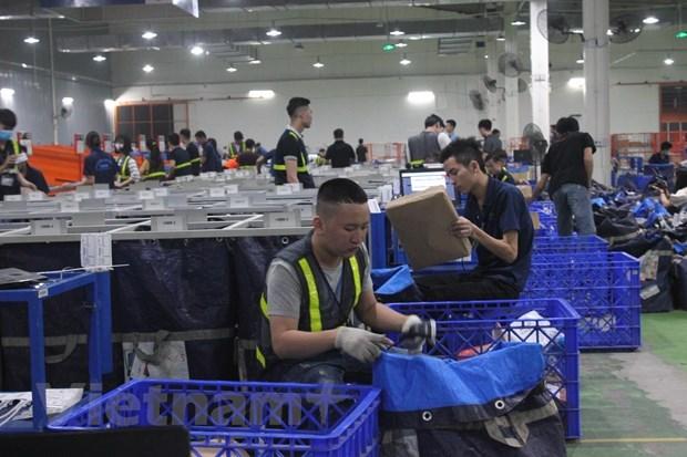 Vietnam gains 194.3 billion USD in export revenue in nine months hinh anh 1
