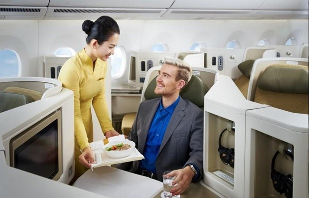 Vietnam Airlines launches new services on Hanoi-HCM City route hinh anh 3