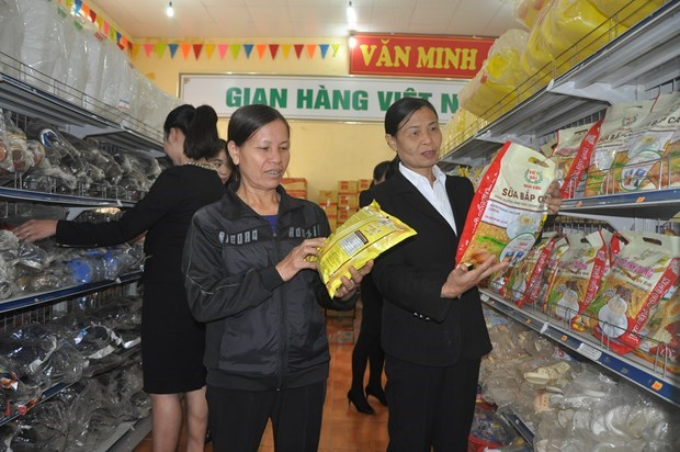Hanoi brings Tet commodities to rural areas hinh anh 1