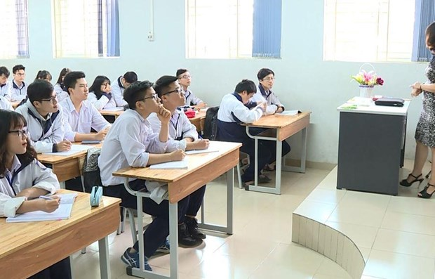 Deputy education minister talks about vision of Vietnam's education hinh anh 1