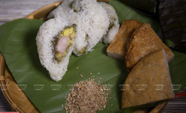 Banh Khuc – distinct flavor in Hanoi cuisine hinh anh 1