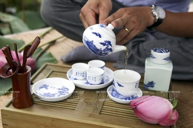 Quintessence of Vietnamese tea art hinh anh 1