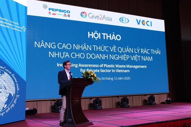 Workshop seeks way to raise SMEs' awareness in plastic waste management hinh anh 1