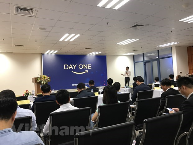 E-commerce key to business development: experts hinh anh 2