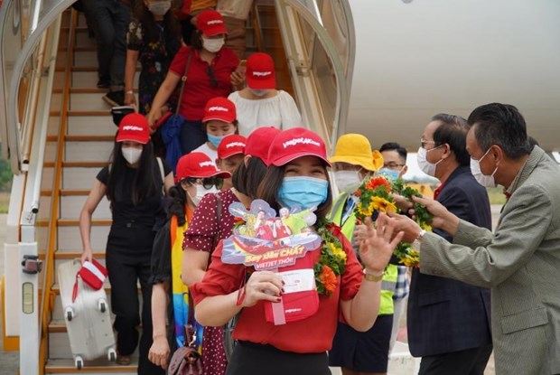 Vietjet offers promotional tickets celebrating April 30 - May 1 hinh anh 2