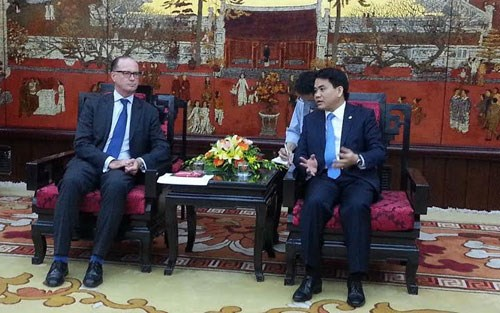 Hanoi calls for Austria's investment in waste treatment hinh anh 1