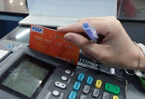 Gov't policy must spur e-payment: MoIT hinh anh 1