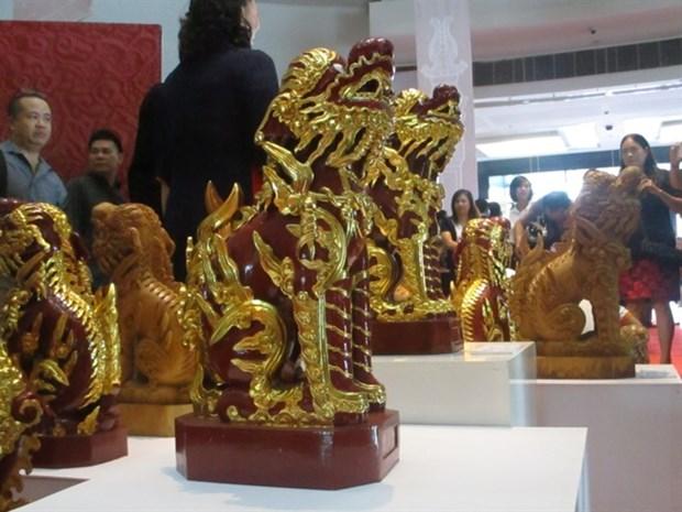 Sacred Vietnam sculptures showcased in Hanoi hinh anh 1
