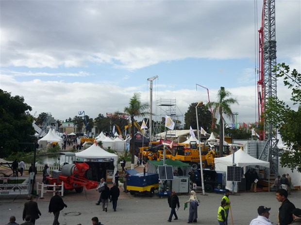 Vietnam attends international trade fair in Algeria hinh anh 1