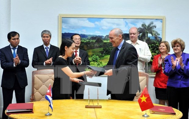 Vietnam, Cuba bolster economic, science, technology ties hinh anh 1