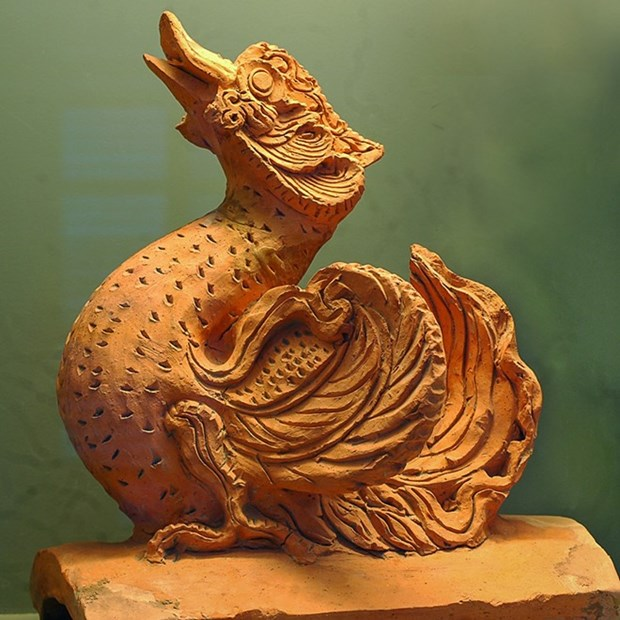 Sacred Vietnam sculptures showcased in Hanoi hinh anh 2