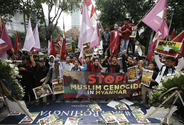 Indonesia calls to stop violence against Rohingya Muslims hinh anh 1