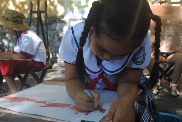 Da Nang to launch free school libraries hinh anh 1
