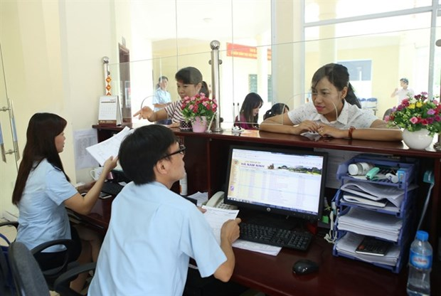 Finance Ministry steps up customs, tax reforms hinh anh 1