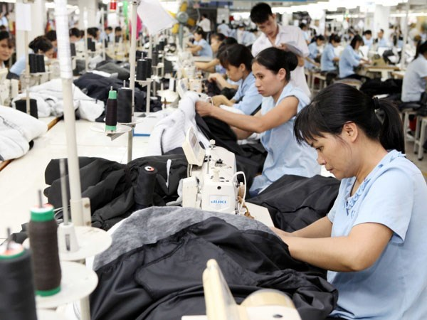 Long An rolls out red carpet for foreign investors hinh anh 1