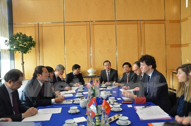 Vietnam, France forge stronger ICT cooperation hinh anh 1