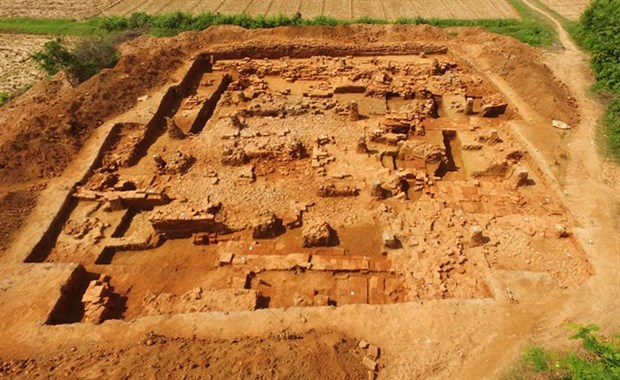 More architecture relics unearthed in Cha citadel hinh anh 1