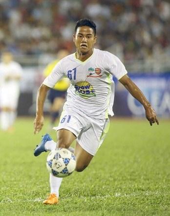 Vietnamese footballer to play in RoK tournament hinh anh 1