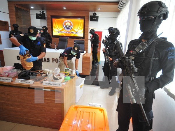 Indonesian police arrest 10 over treason hinh anh 1
