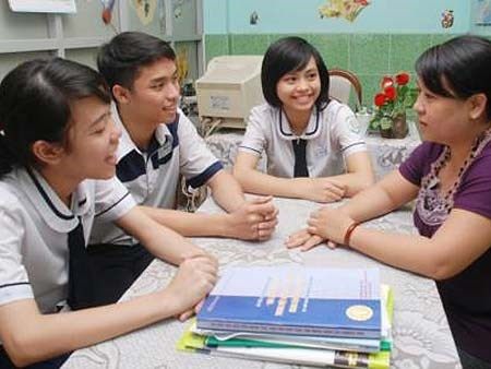 Hanoi schools set to offer counseling hinh anh 1