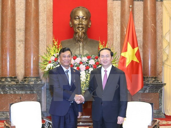 President pledges to encourage investment to Myanmar hinh anh 1
