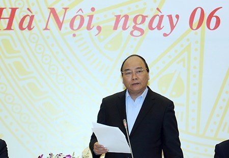 PM: State-owned firms' reshuffle is major task of 2017 hinh anh 1