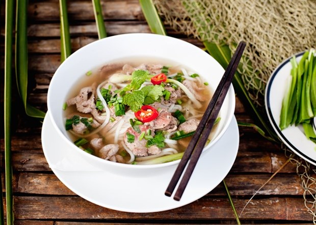 Pho with beef meatballs among best street foods in Asia hinh anh 1