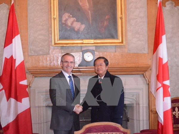 Vietnam eyes reinforced ties with Canada hinh anh 1
