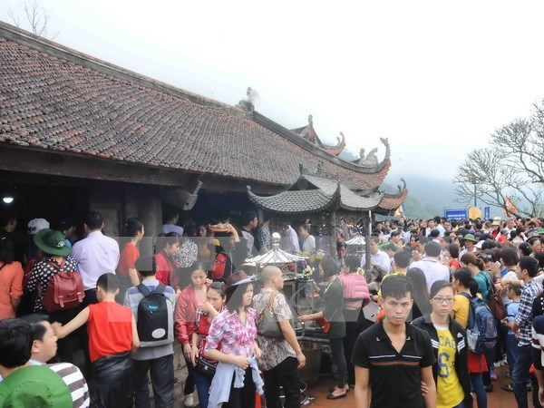 Bac Giang proposes combination of Yen Tu's east, west festivals hinh anh 1