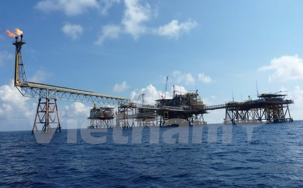 Petro Vietnam hits oil target 29 days early hinh anh 1