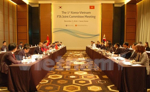 Vietnam, RoK hold joint committees' sessions hinh anh 1